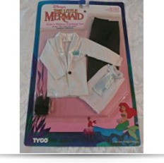 Disneys The Little Mermaid Ariels Deluxe